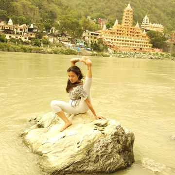 Yoga Teacher Training in India | Sri Yoga Ashram Rishikesh