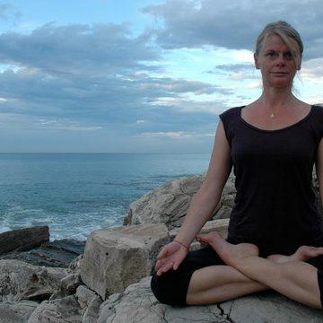 Ashtanga Yoga retreat with Caroline Boulinguez