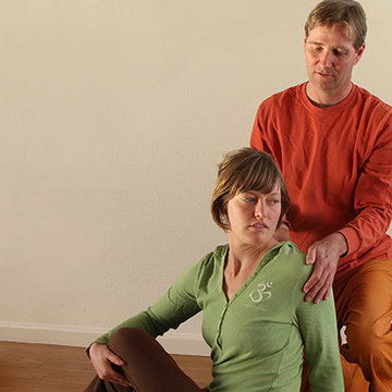Yoga Holistic Health Retreat – Yoga for Cancer Wellness