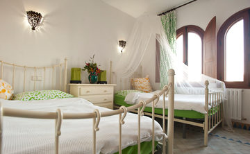 Come as You Are: Spain Yoga Retreat with Lisa and Rebecca