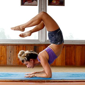 7 Days Ashtanga & Hatha Yoga Retreat in Rishikesh, India