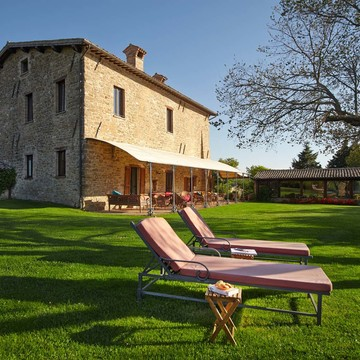 Yoga Retreat to the Italian Countryside of Umbria