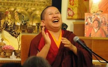 "Jetsün Khandro Rinpoche: ""Three Words that Strike the Vital Point"""