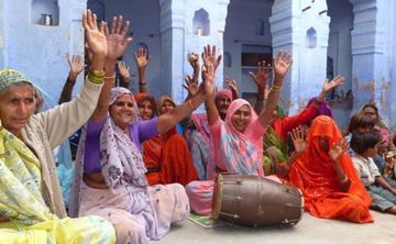 Yoga & Chanting Tour of North India with Ann Dyer