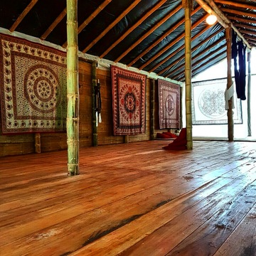 Bromelia  Retreat Healing Center