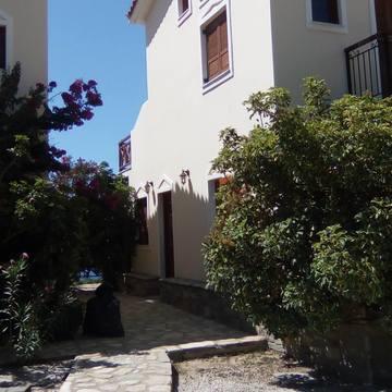 Artemis Retreat Centre : Ikaria Greece
