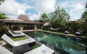 Thanksgiving Kundalini Yoga Retreat in Bali with Rebecca