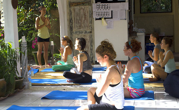 10 Days 80hr Raw Food Chef and Yoga Training in Bali
