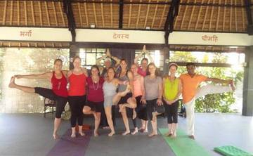 8 Days Rice Field Trekking & Yoga Retreat in Bali