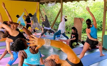2014 Jamaica Thanksgiving Yoga Retreat | Yoga + Art + Culture | Yoga Retreat in Jamaica w/ Micheline Berry | Seek Retreat