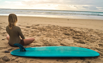 Iyengar Yoga, Surf & Nourish retreat