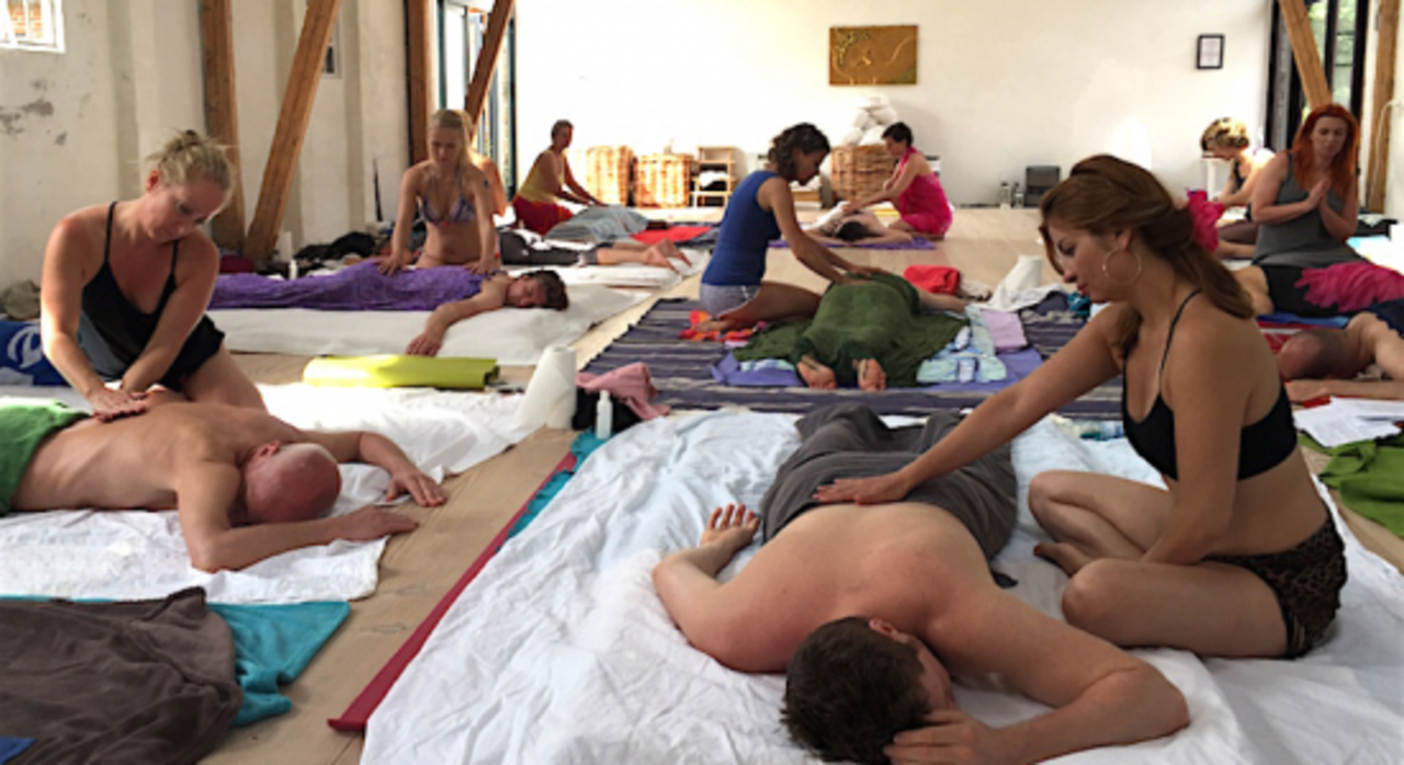 Hours Tantra Massage Therapist Training Bavaria Germany