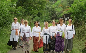 Women's Spiritual Art Journey in Bali: A Transformative Travel Gift to Yourself