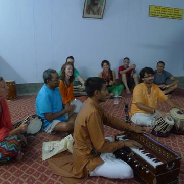 Yoga Vedanta School Rishikesh India