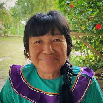 Maestra Lucinda Mahua Campos