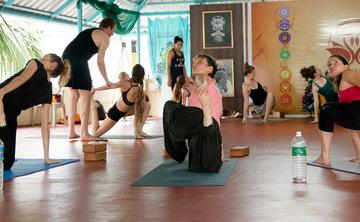 200 Hour Hatha Yoga Teacher Training in Mysore April 2015