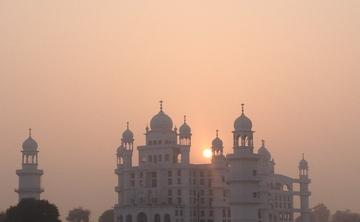 Sacred Pilgrimage to the Spiritual Light House & Meditation Retreat with Babaji Baldevh Singh, in Punjab, India