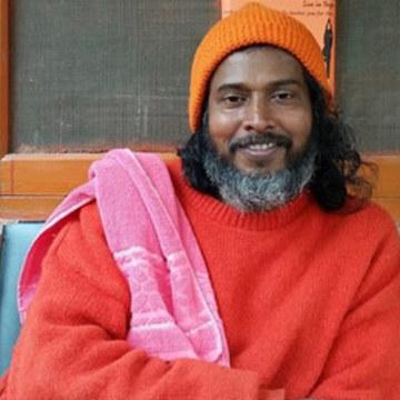 Swami Atmajnanananda Giri