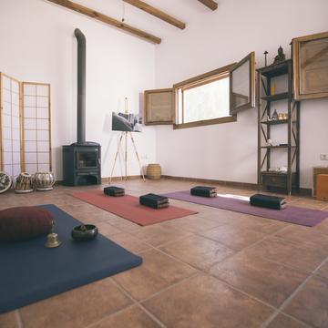 Yoga & Meditation Retreat Center Casa Bhakti
