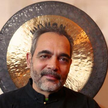 Dr. David Perez-Martinez