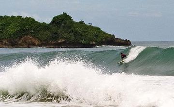 Yoga & Surf Retreat in Puerto Viejo