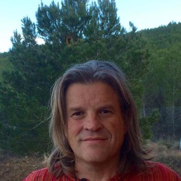Alain Tello Robledo