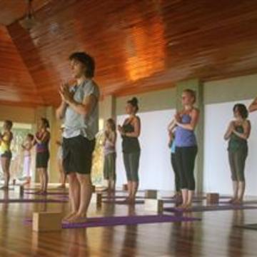 Pavones Yoga Center