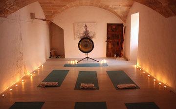 Majestic Mallorca SUP/Yoga Retreat with Bright Yoga