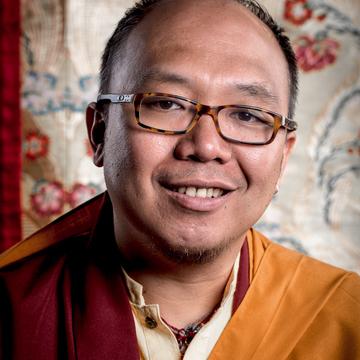 Dr. Hun Lye