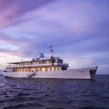 Galapagos Luxury Yacht – M/Y Grace