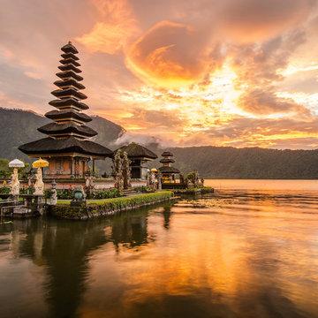 The Heart of Bali: A Transformational Breathwork, Yoga, and Meditation Retreat