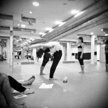 evolation yoga Teacher Training (YA - RYT): Madrid