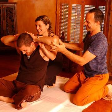 deonThai SCHOOL of Thai Yoga Massage