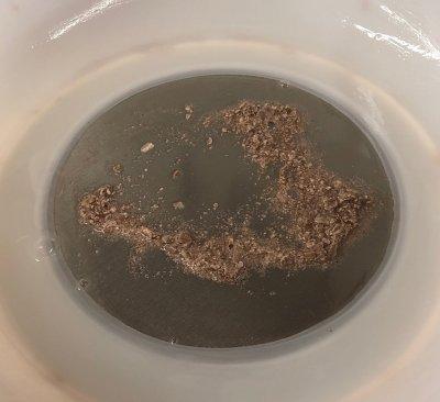 Lithium carbonate precipitation in one gallon of glaze