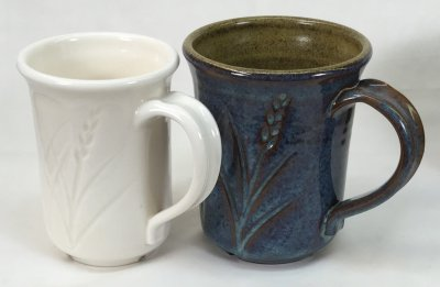 Toilet bowl glaze vs. variegated glaze (at cone 6)