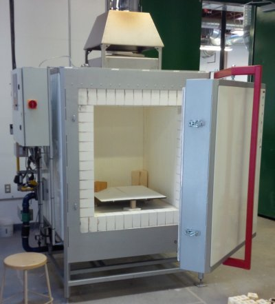 A completely automatic reduction gas kiln. This is heaven!