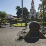 Adiós al parque La Merced: Costa Rica dejaría sin espacio de encuentro a migrantes nicas