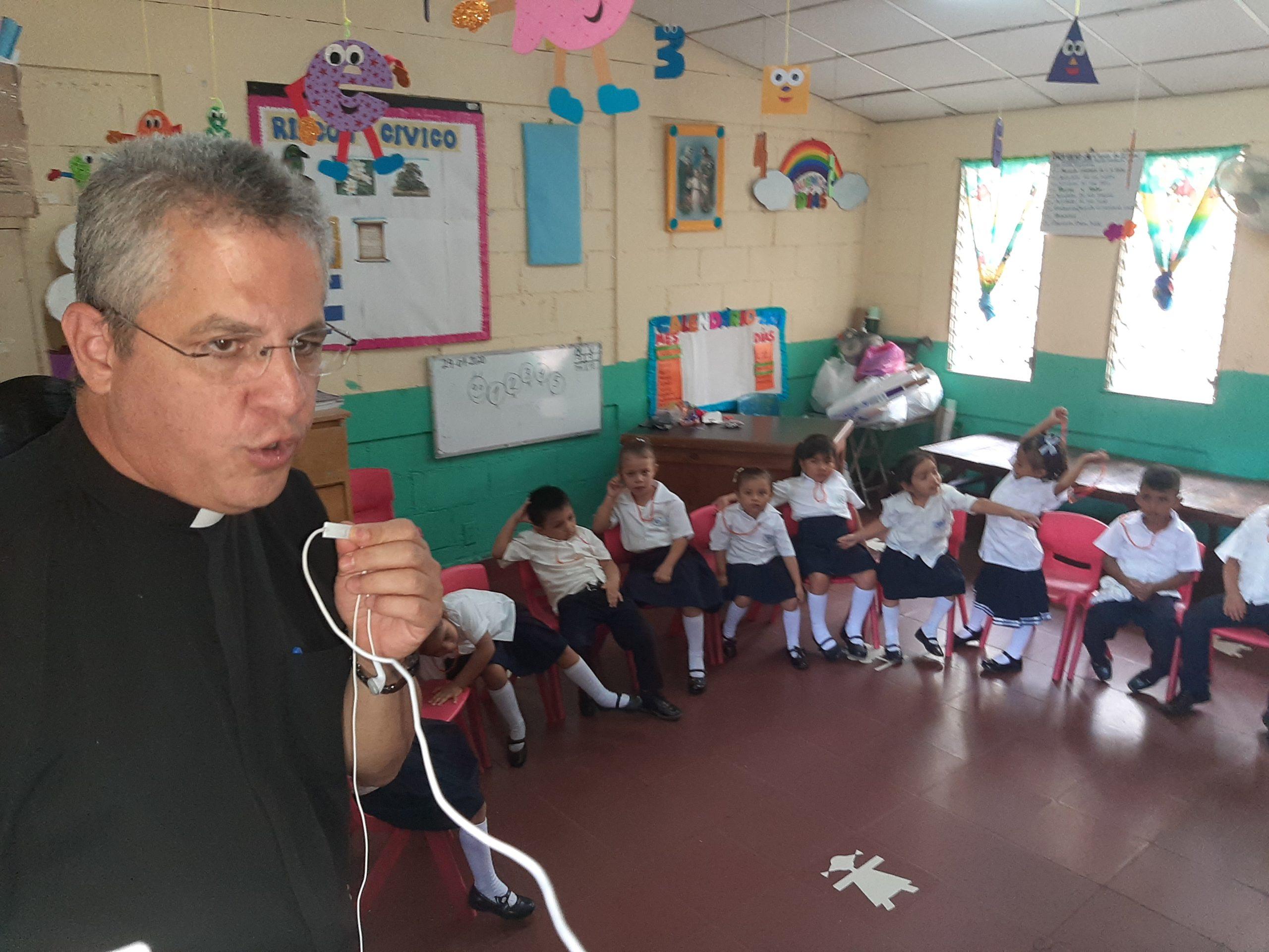 En el Colegio San Martin, se educan mas de 500 niños
