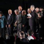 El papa pide deponer las armas nucleares para lograr la paz mundial