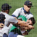 Atléticos arriban a nueve victorias seguidas pese a pleito con los Astros