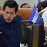 Diputados orteguistas aprueban de urgencia cobro en dólares por servicios migratorios