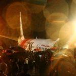 Accidente de avión en India: la aeronave que se partió en dos después de patinar sobre la pista y provocó la muerte de al menos 17 personas