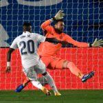 El Real Madrid tiene a sus aficionados comiéndose las uñas