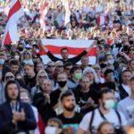 Más de 100,000 personas protestan contra Lukashenko en Minsk
