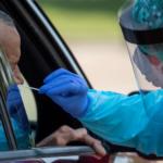 Científicos en Houston descubren mutación más contagiosa de COVID-19