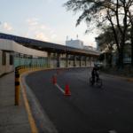 El Salvador: polémica por exigencia de prueba negativa de COVID-19 a viajeros