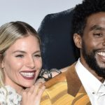 Chadwick Boseman: el «asombroso» gesto del actor de donar parte de su salario a la actriz Siena Miller