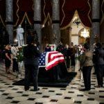 Capilla ardiente para Ginsburg en Capitolio de EEUU, primera mujer en recibir ese honor