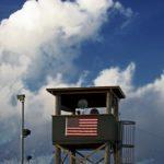 Estados Unidos aprueba liberar a dos presos de Guantánamo