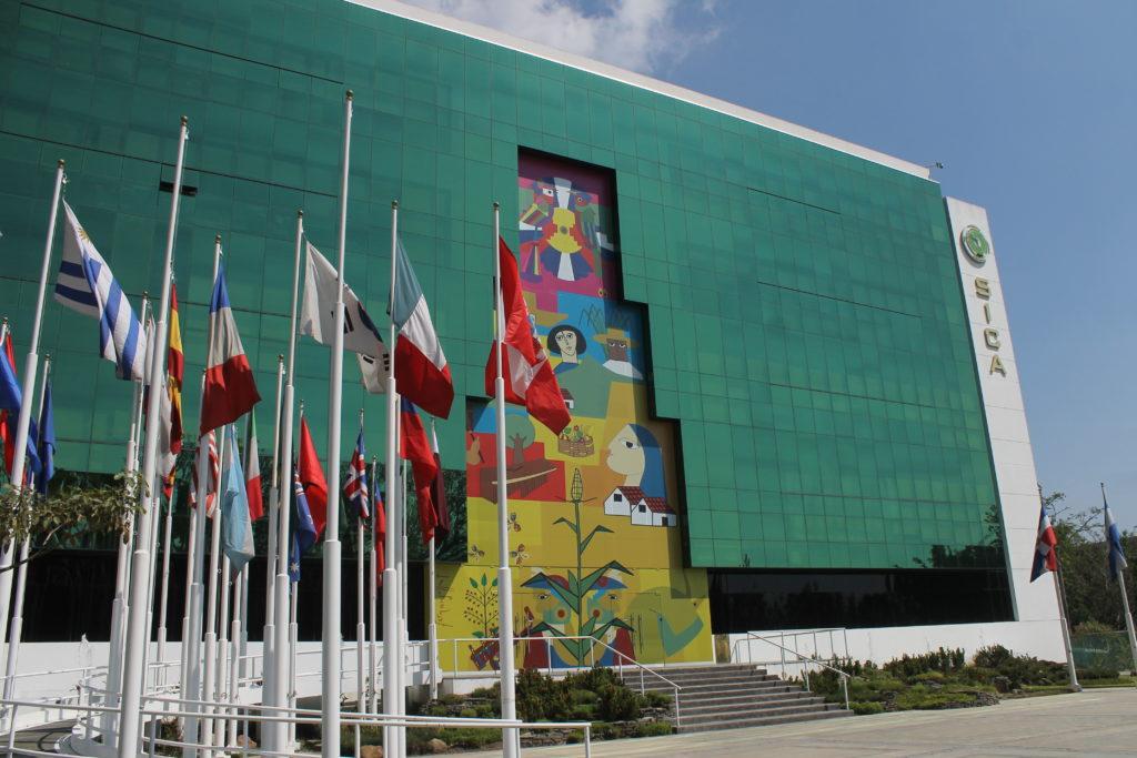 La sede de la Secretaría General del SICA está ubicada en El Salvador. LA PRENSA / TOMADA DE INTERNET